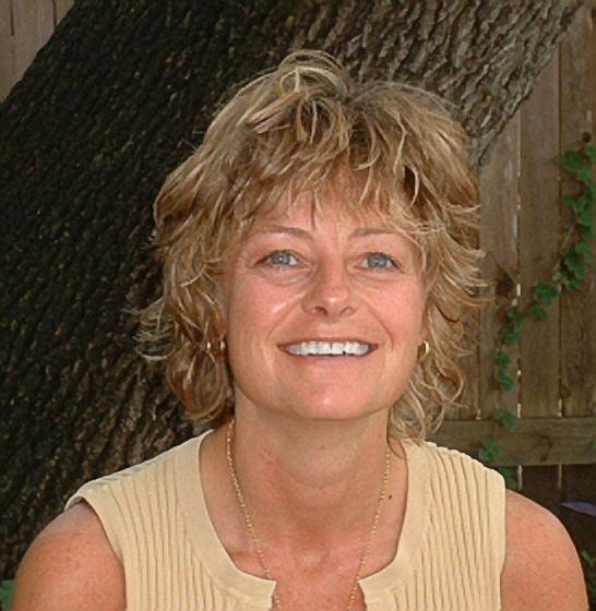 Julie D Lee, LCSW